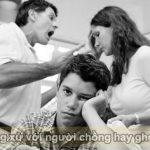 Cách ứng xử với người chồng hay ghen
